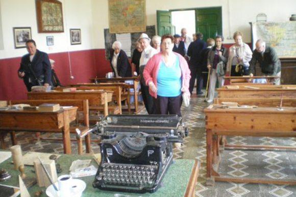 Escuela-Museo de Vega de Doña Olimpa