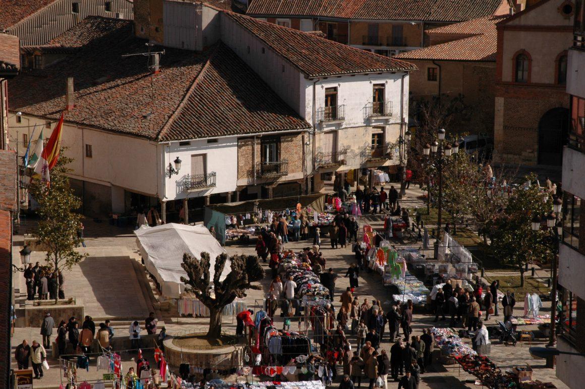 Cierre de instalaciones municipales y suspensión del mercado semanal y actividades culturales