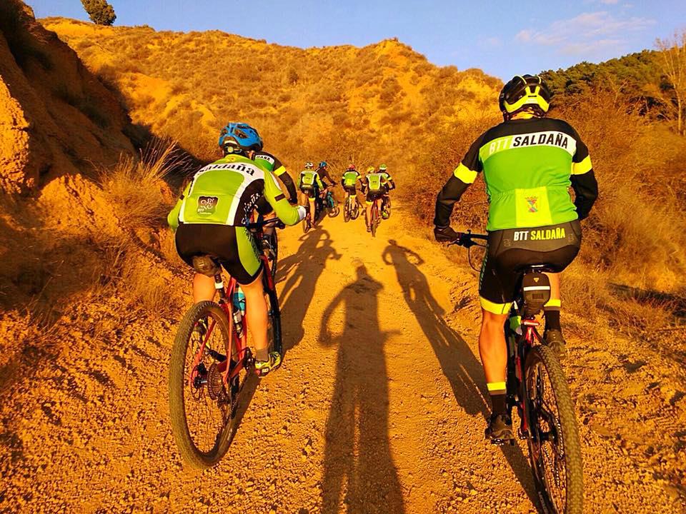 De la vega a la montaña sin bajarse de la bicicleta