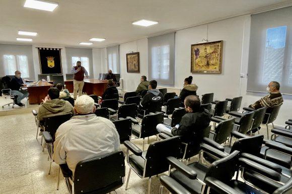 Rehabilitación de equipamientos, mobiliario urbano, estancias y viarios en el Parque Javier Cortes